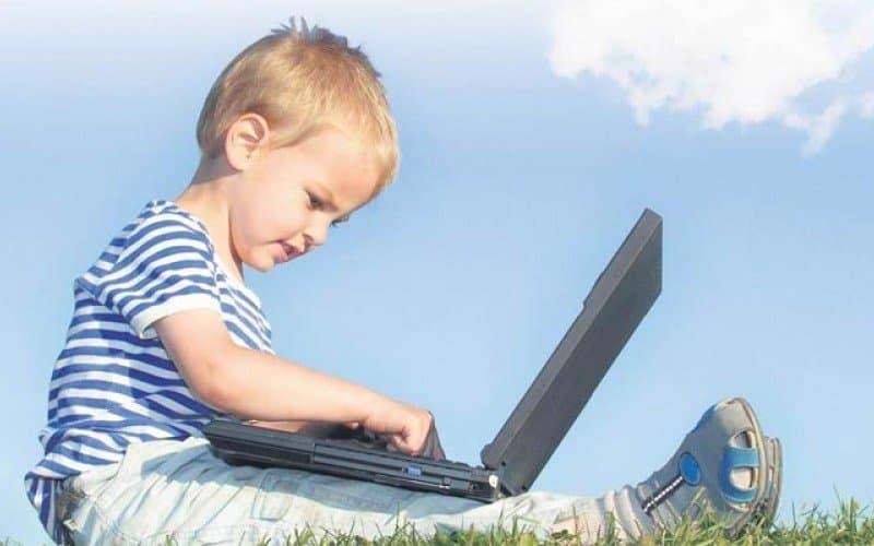 Çocuklarda Ekran Bağımlılığı Nedir