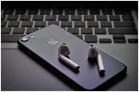iphone airpdos